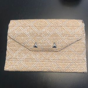 Stella & Dot City Slim Clutch w/ Silver Chain